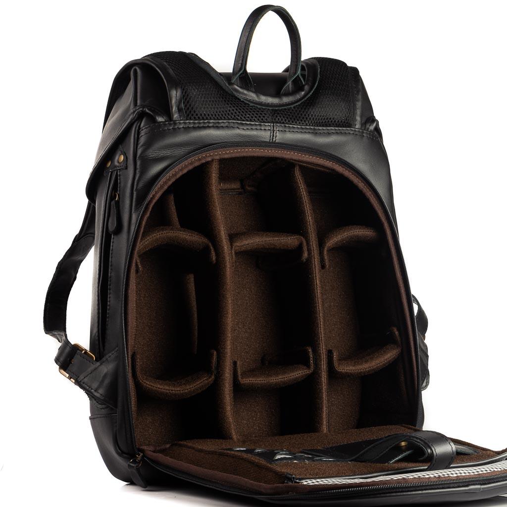 Mochila Roadstar Special Material e cor:Couro Preto
