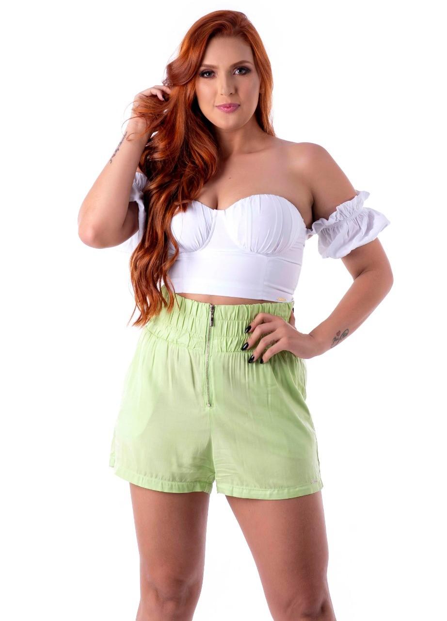 Shorts com detalhe de elastico
