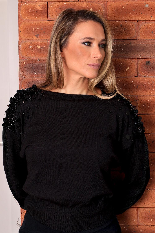 Blusa em Linha Italiana com Bordado