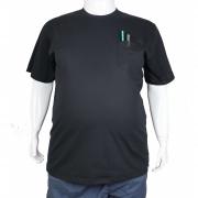 Camiseta Básica Com Bolso XPlusSize