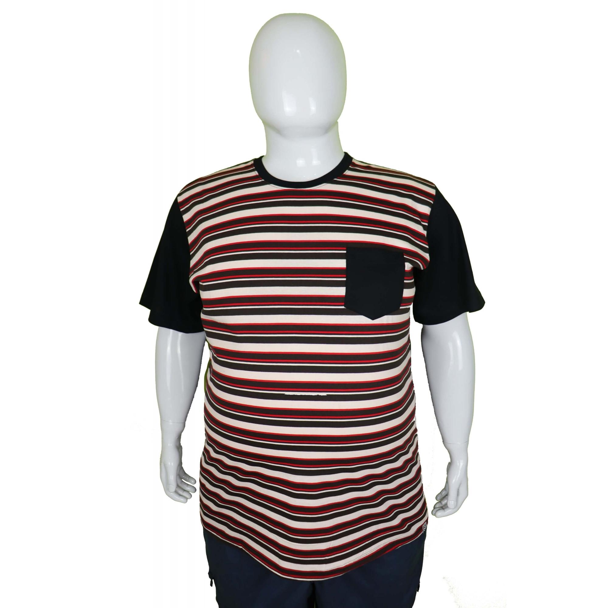 Camiseta Listrada Com Bolso Plus Size  - HF | High Flight