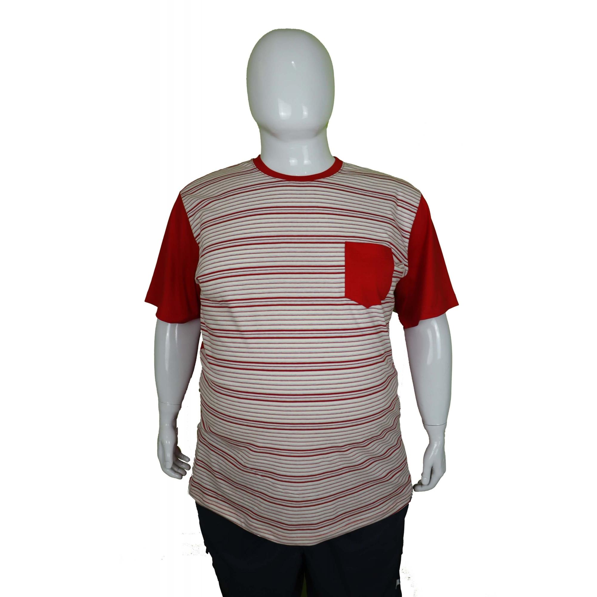 Camiseta Listrada Com Bolso XPlusSize  - HF | High Flight