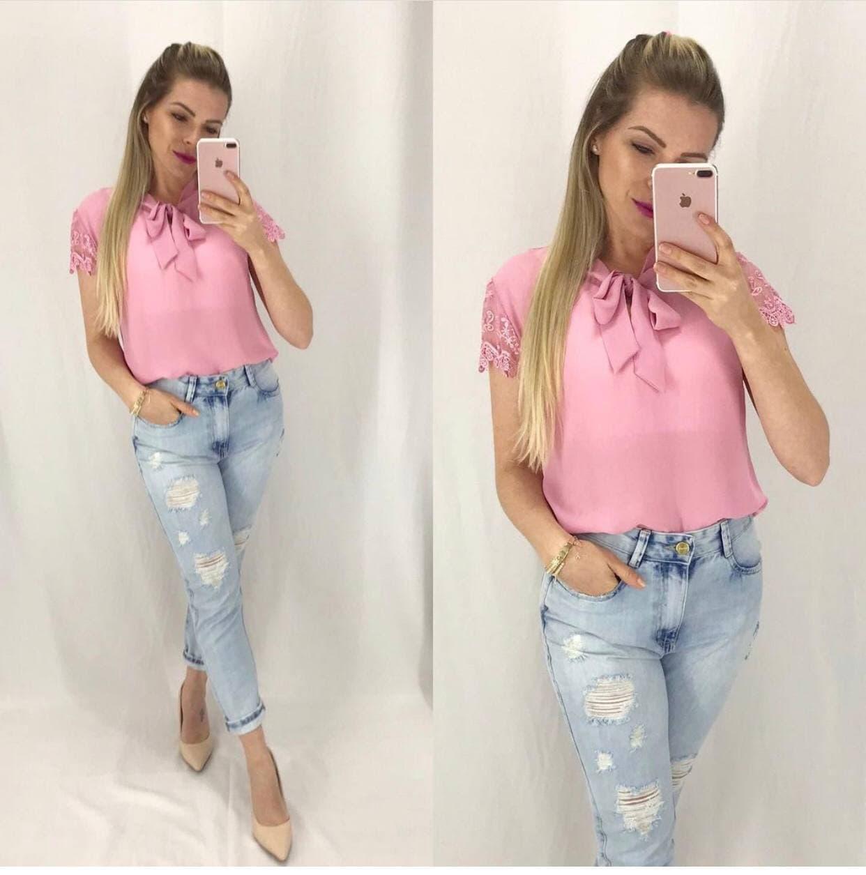 Blusa renda rosa