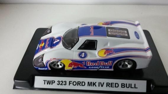 FORD GT 40 MK 4 PINTADA