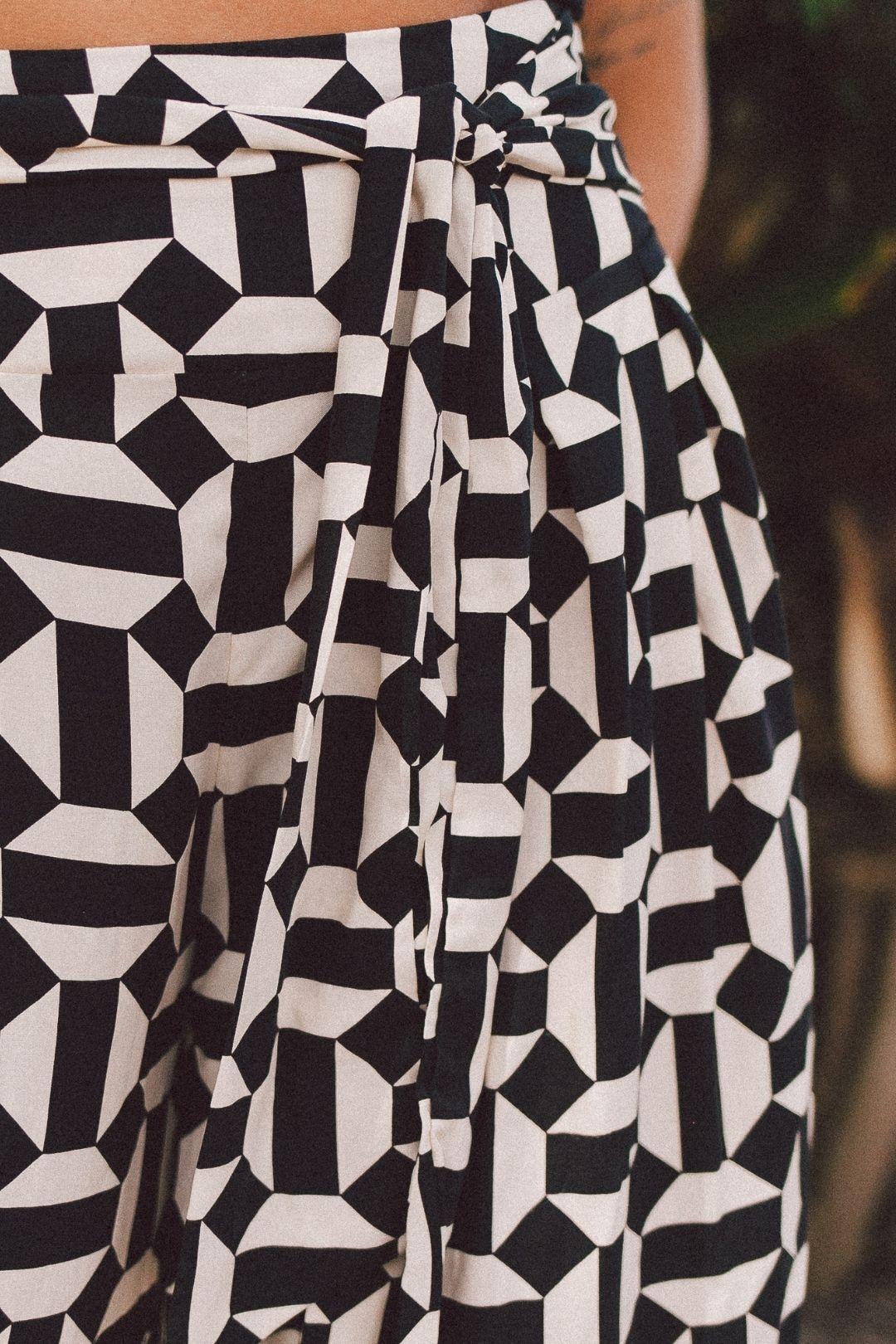 Calça Pantalona Amarração