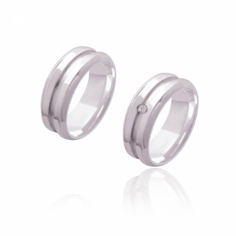 Par de Alianças de Namoro Monet Prata Abaulada Polida com Friso Diamantado e Brilhante 8mm 10g
