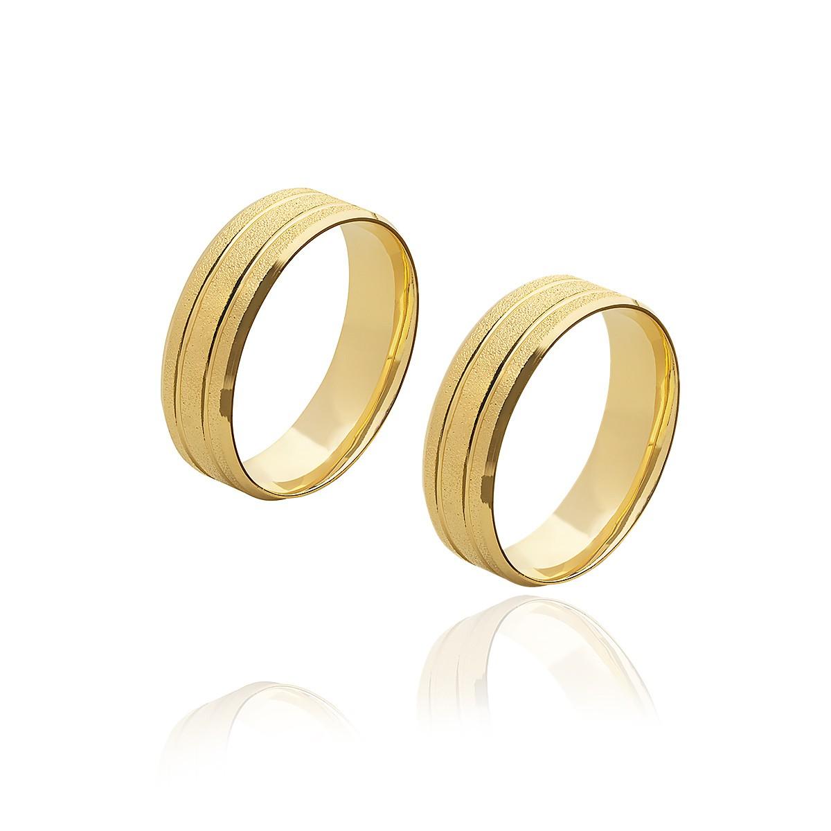 Par de Aliancas de Ouro 18K abauladas diamantadas com 2 frisos com 5 mm e 5g