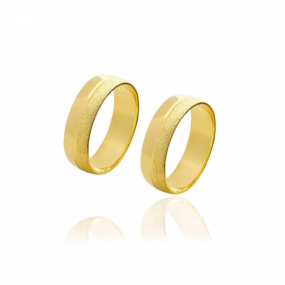 Par de alianças de ouro de 6mm diamantadas e 7g