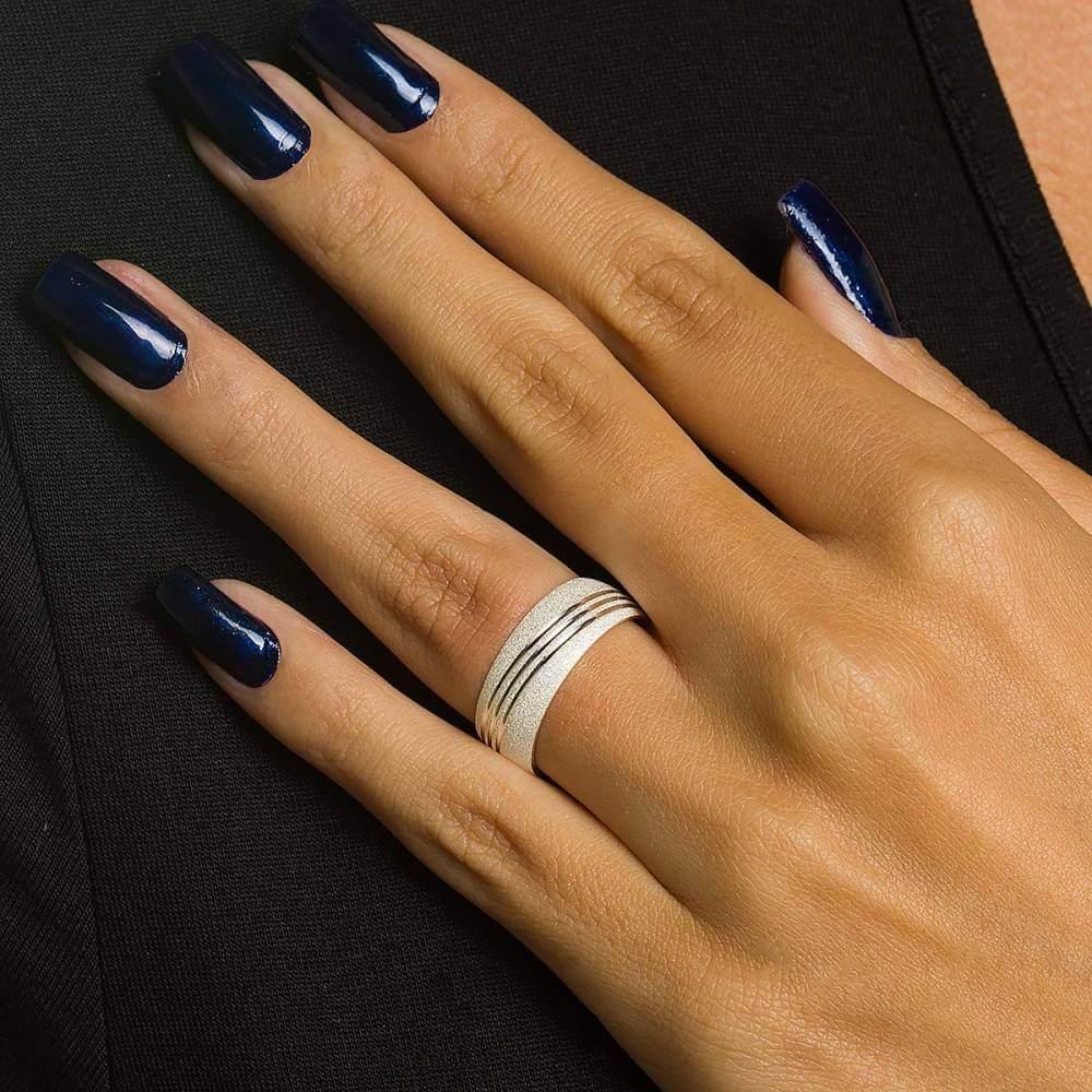 Par de Alianças de Prata diamantadas com friso 6 mm e 10g
