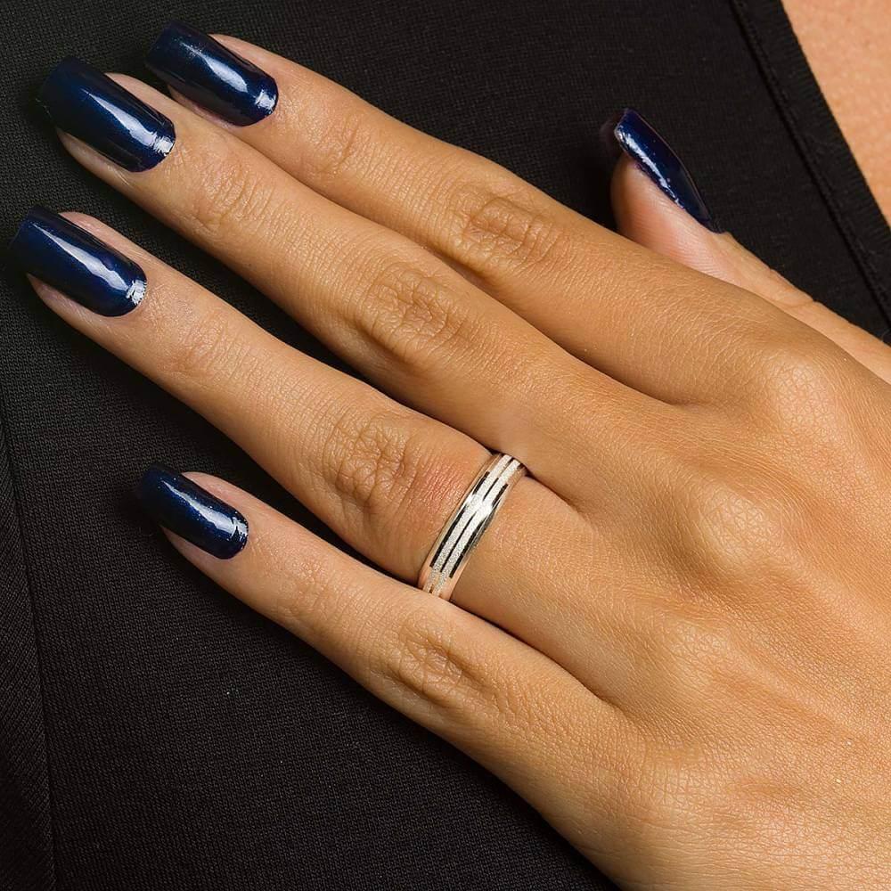 Par de aliancas de Prata diamantas em  5 mm e 8g