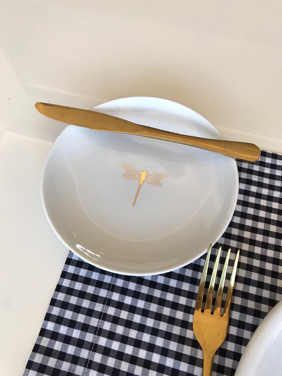 Prato de pão libélula