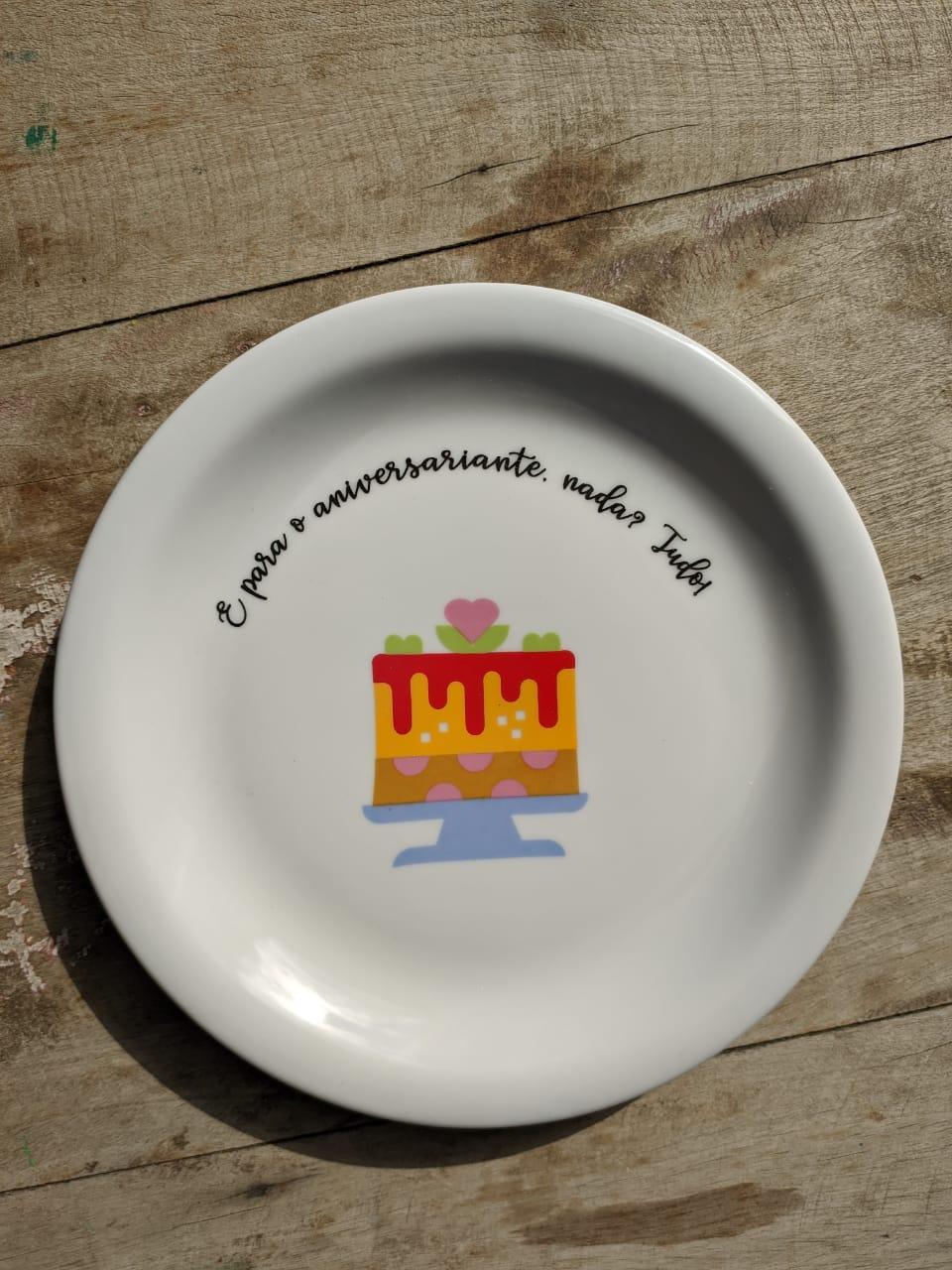 Prato sobremesa Para o aniversariante