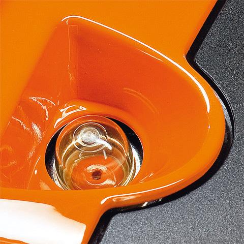 Roçadeira a gasolina FS 80 STIHL com lamina de 2 pontas