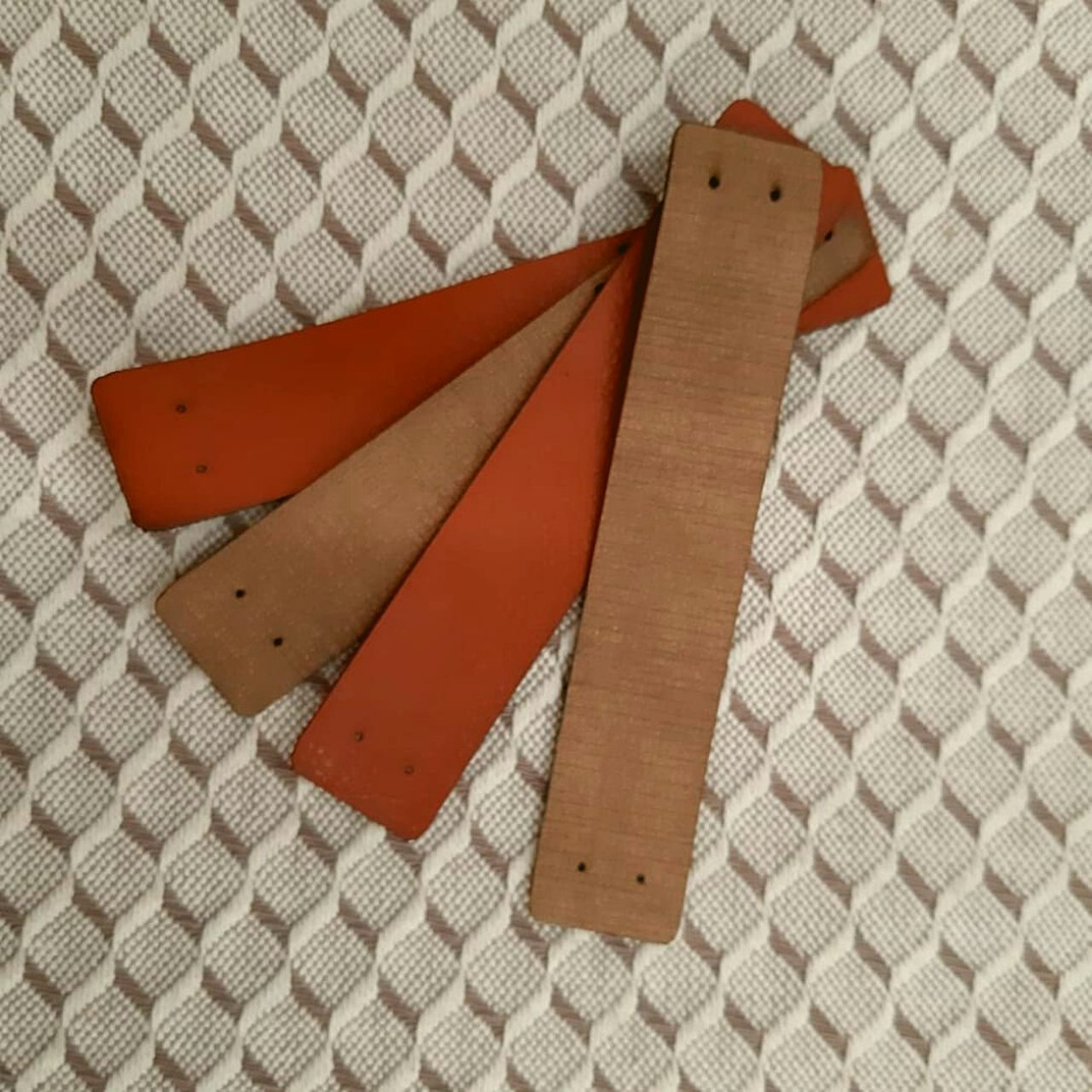 Alças M. Sintético Lisas 50 un | 10cm