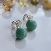 Brincos bolinhas quartzo verde