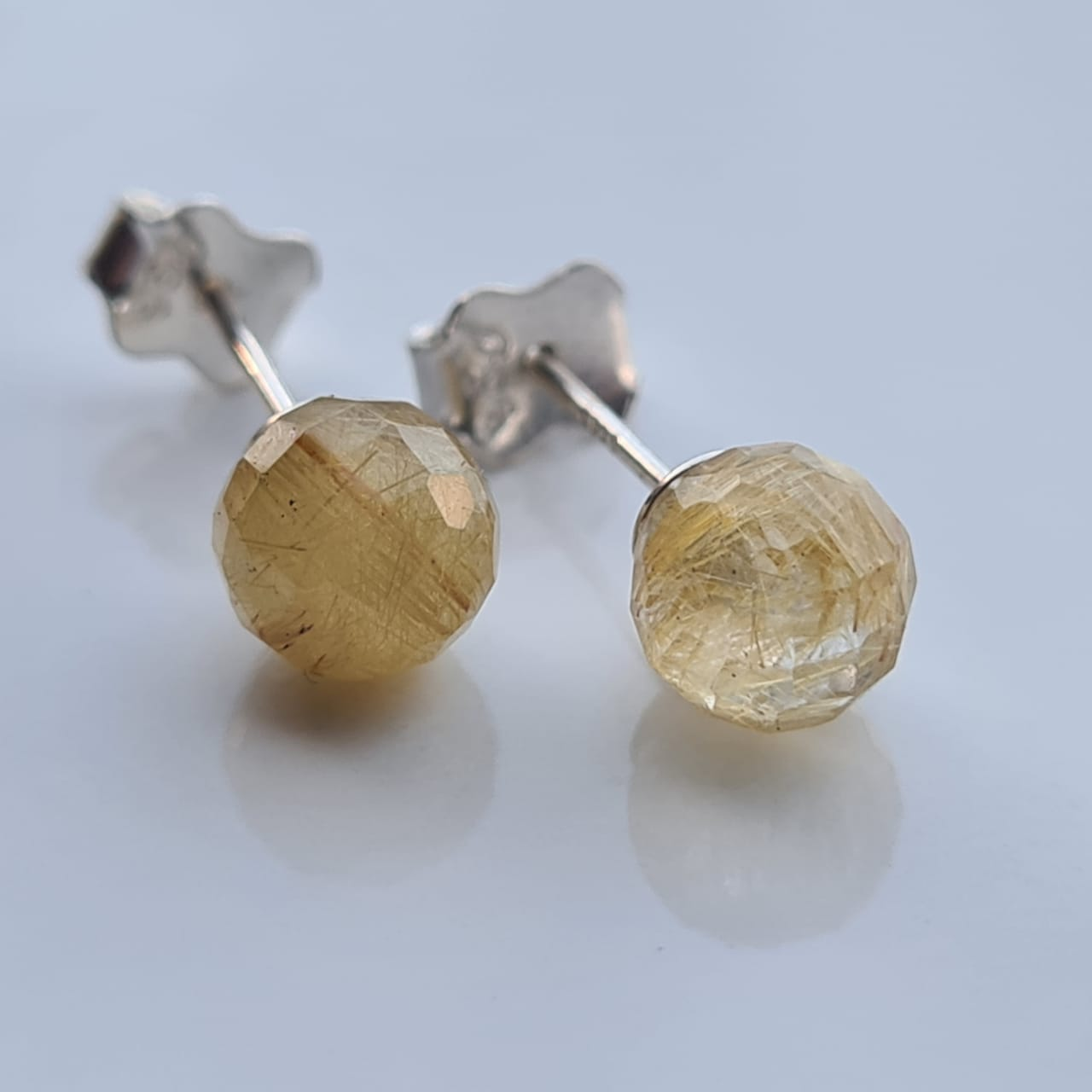 Brincos bolinhas quartzo rutilado