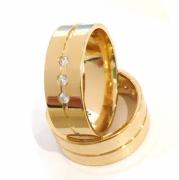 Aliança 3 Pedras Feminina Banhada a Ouro 18k garantia Vitalícia