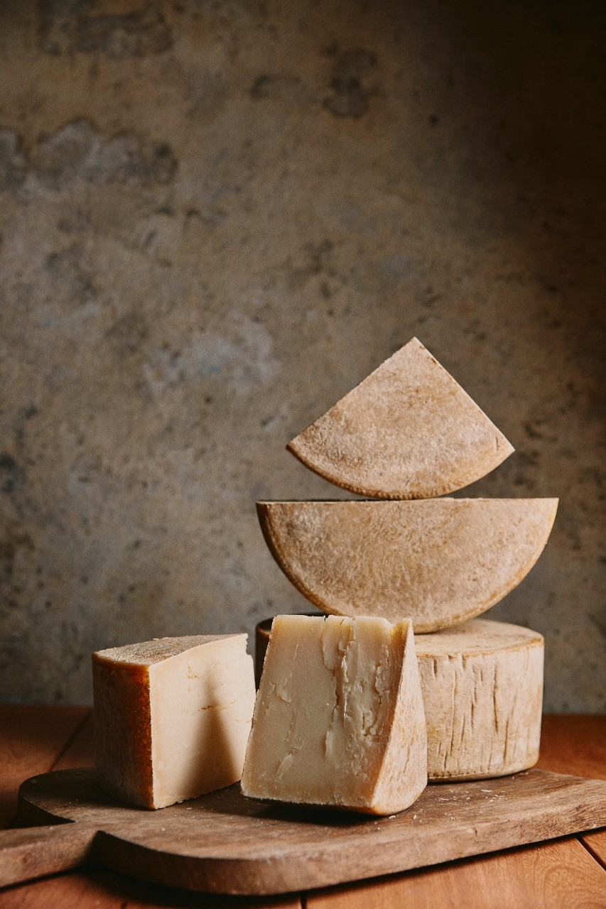 Araritaguaba -  Queijo de leite de ovelha tipo Pecorino - 250g