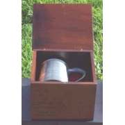 Conjunto de Caixa de Madeira e Caneca (CNJ037)
