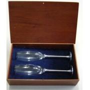 Conjunto de taças de champagne em caixa de madeira (CNJ043)