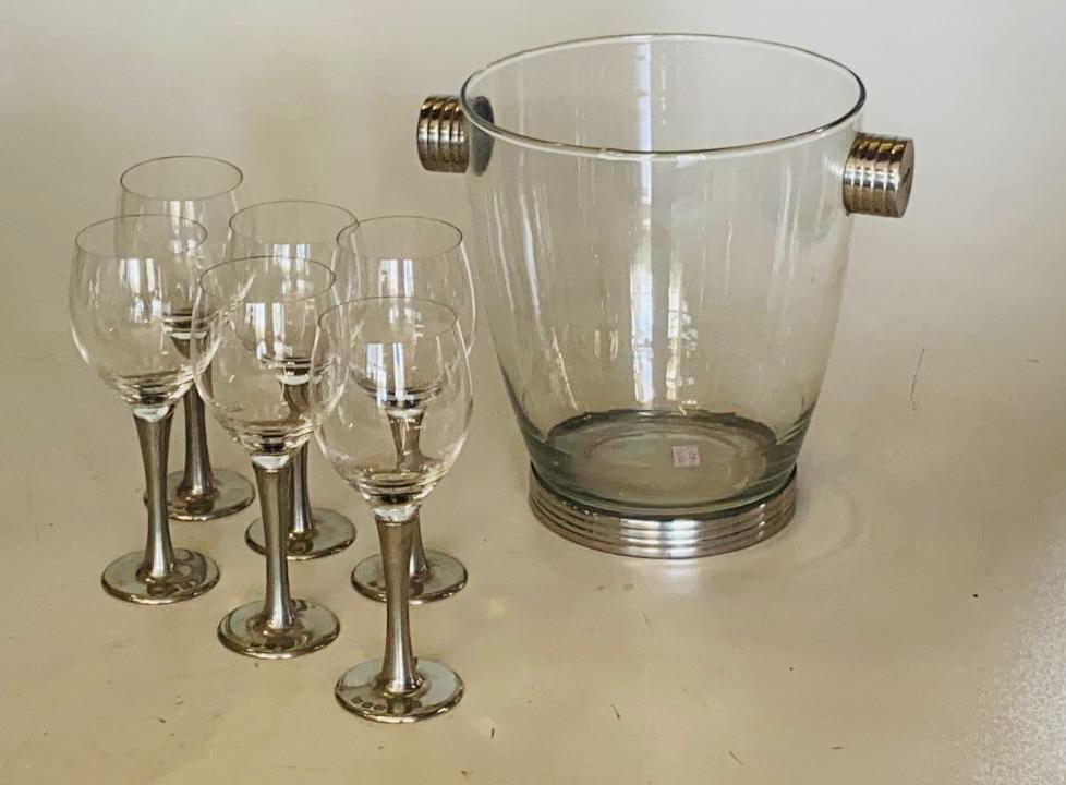 Conjunto de taças de cristal para vinho branco com 160ml de capacidade e balde de vidro (CNJ053)