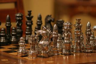 Jogo de xadrez com 32 peças (P462)