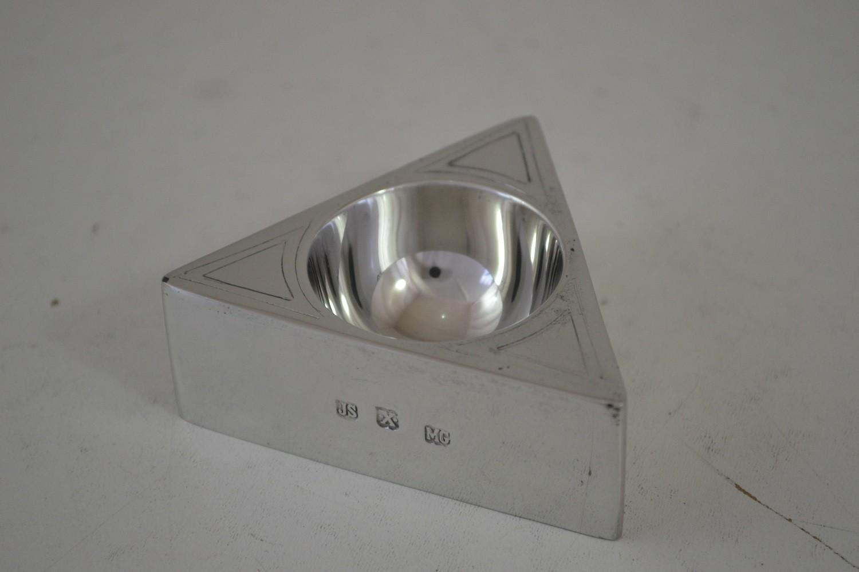Porta ovo triangular menor (P39B)