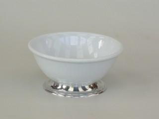 Saladeira pequena de porcelana com base de estanho (P622)