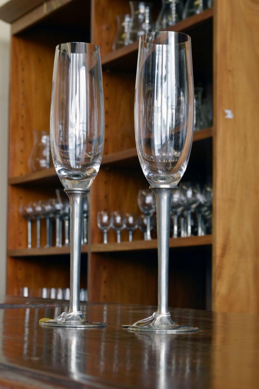Taça de cristal para CHAMPAGNE G, capacidade 200ml com haste de estanho do tipo lisa (P426Q18)