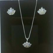 Conjunto Colar Pingente e Brinco Prata 925 Coroa com Zircônia