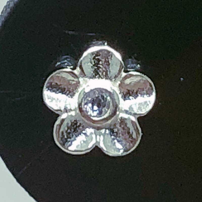 Piercing Tragus Prata 925 Flor Zircônia
