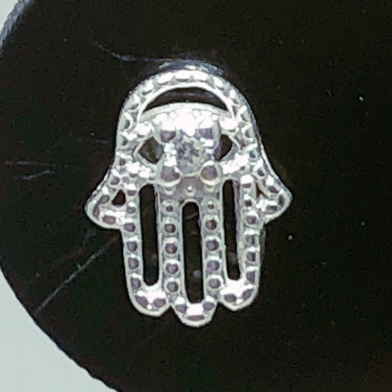Piercing Tragus Prata 925 Mão Hamsa Zircônia