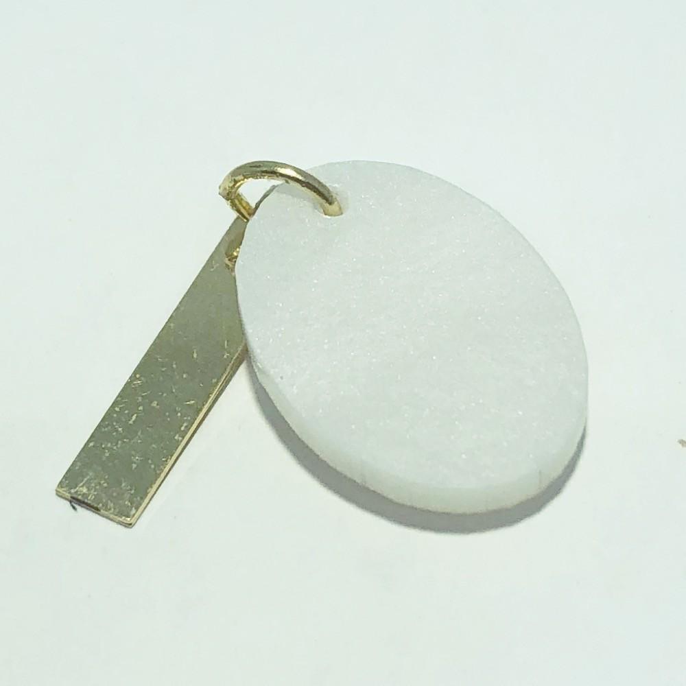 Pingente Folheado Ouro 18K Madrepérola Oval Veterinário 18mm