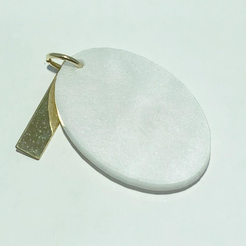 Pingente Folheado Ouro 18K Madrepérola Oval Veterinário 26mm
