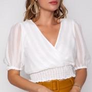 blusa transpassada com lastex na cintura
