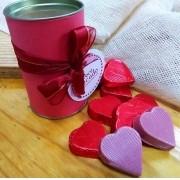 Lata com Corações de Chocolates Ruby