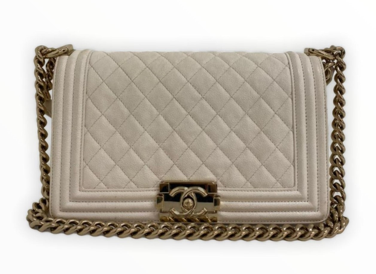 Bolsa Chanel Boy Off-White