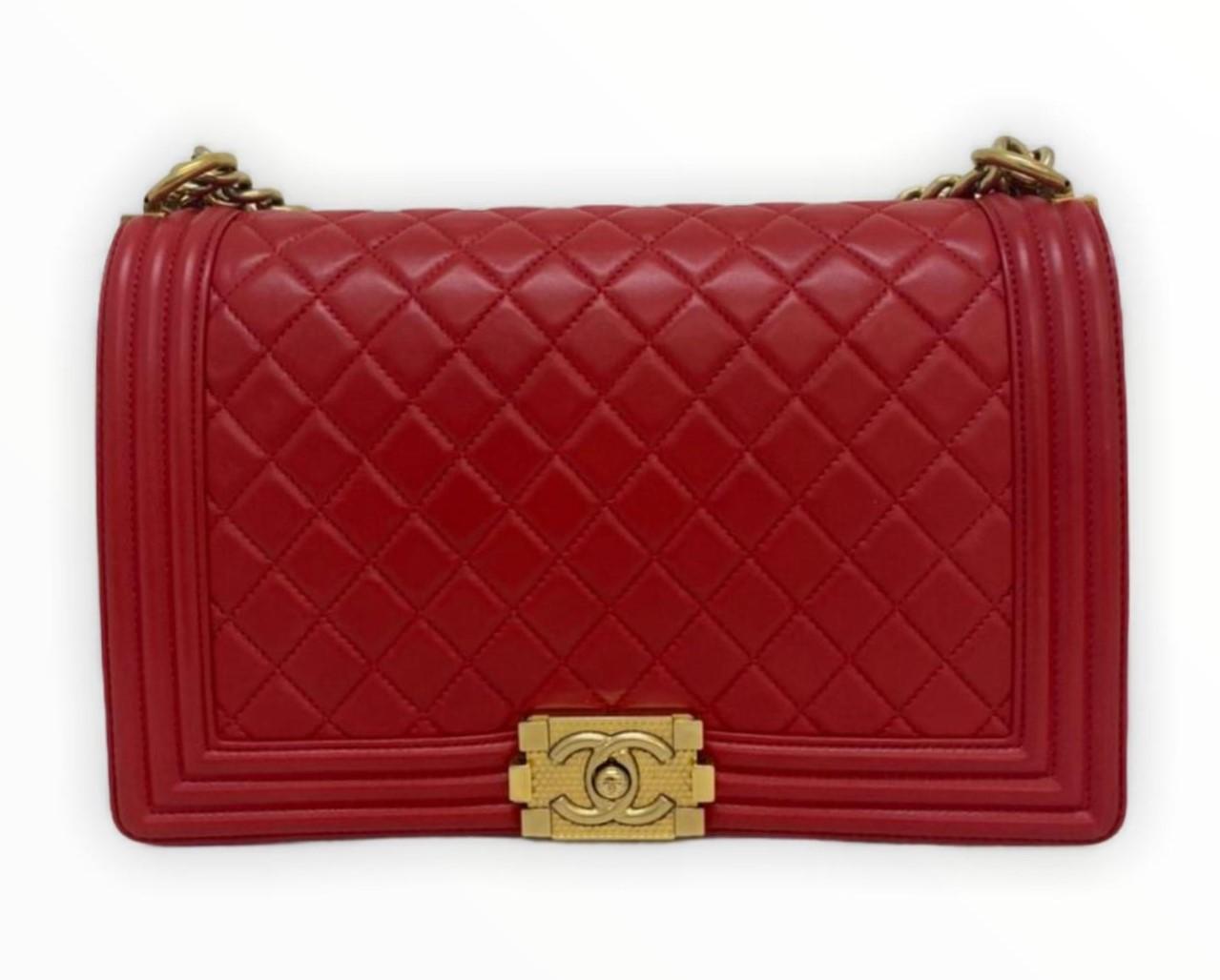 Bolsa Chanel Boy Vermelha Lambskin