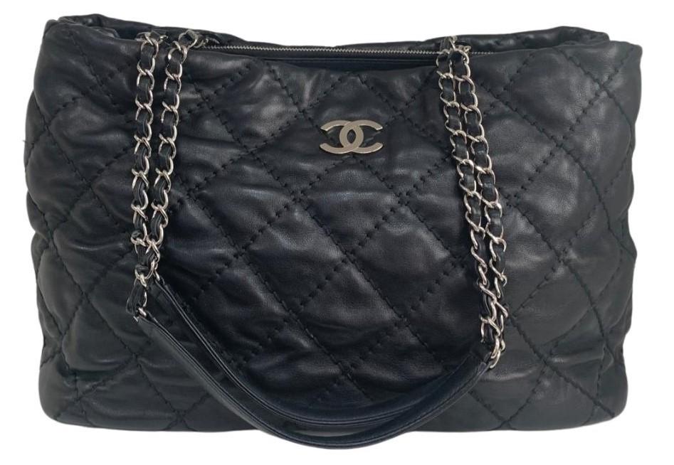 Bolsa Chanel Lambskin Preta