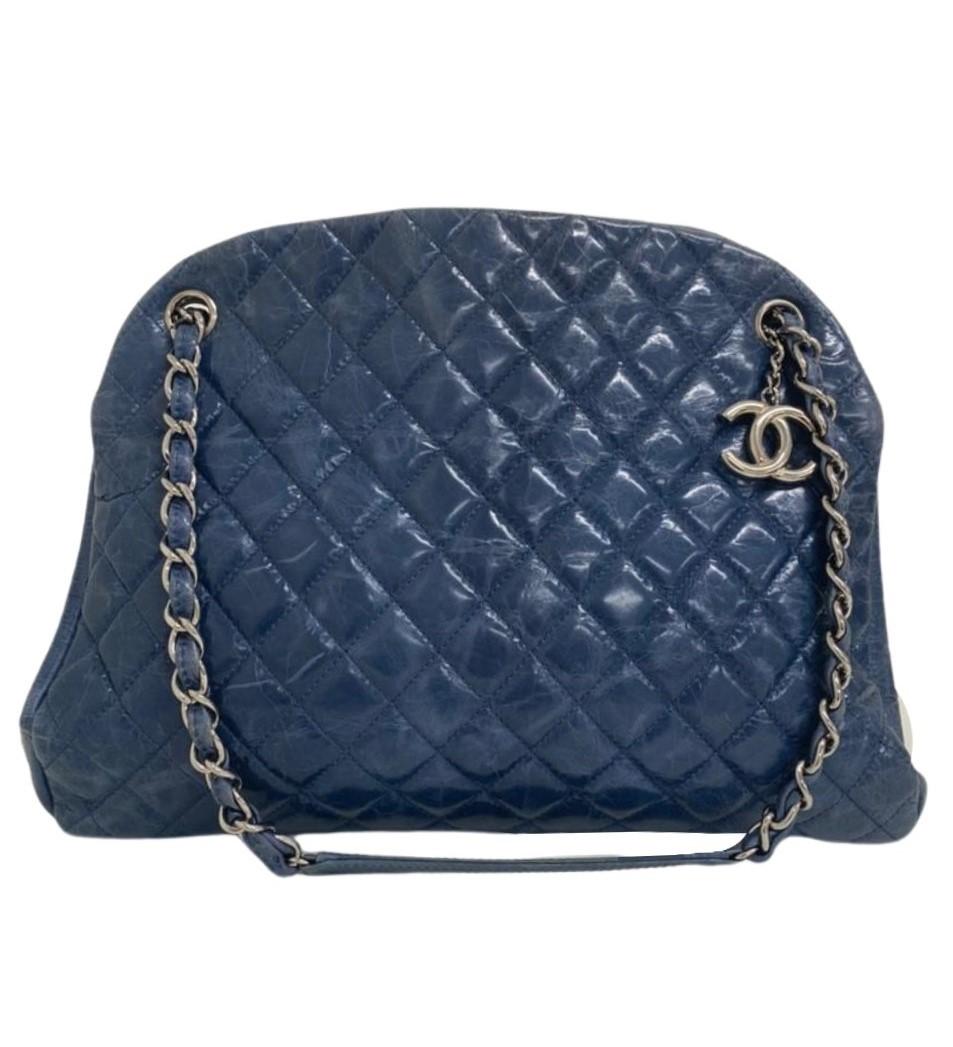 Bolsa Chanel Mademoiselle Large Bowling