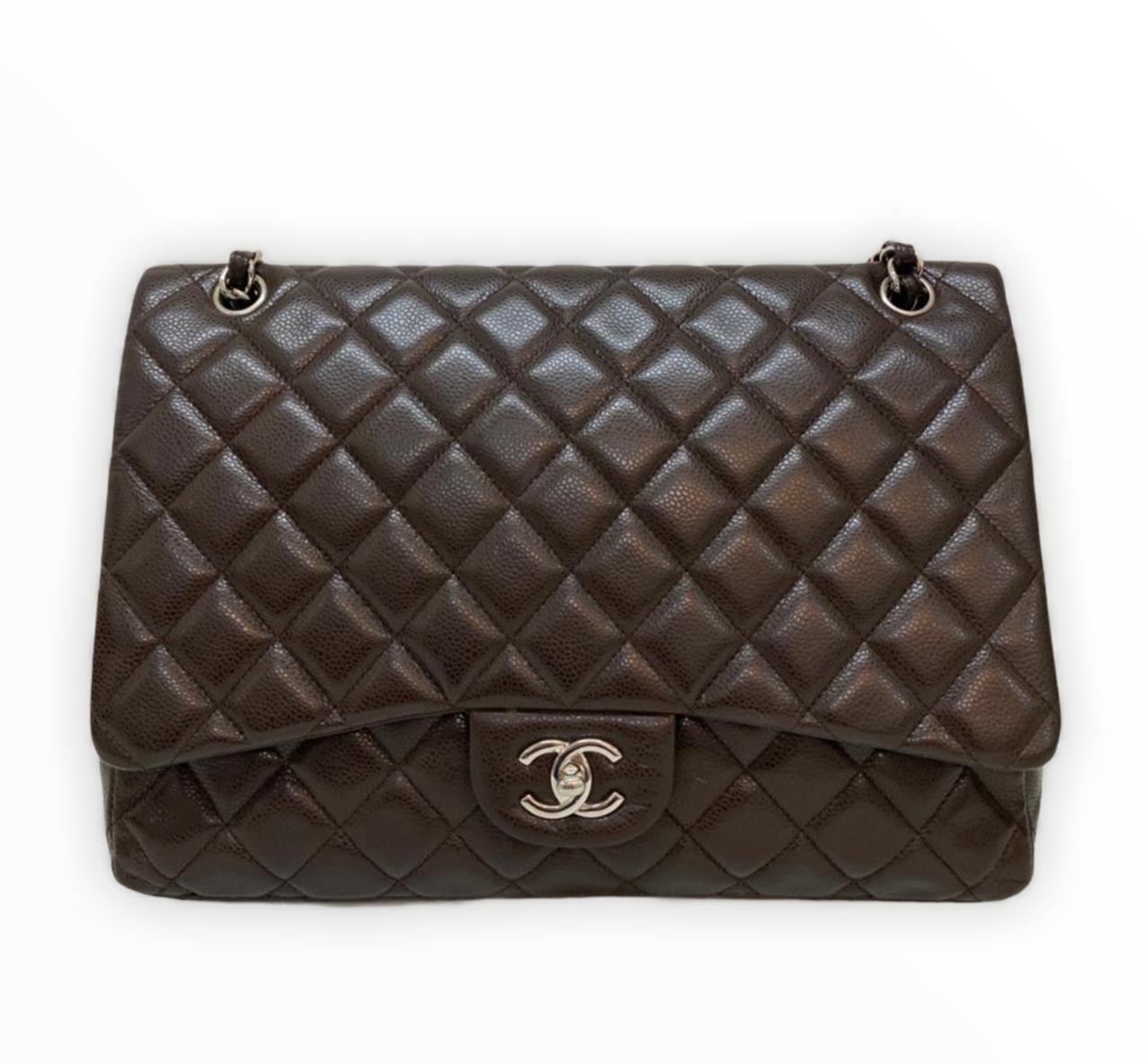 Bolsa Chanel Maxi Caviar