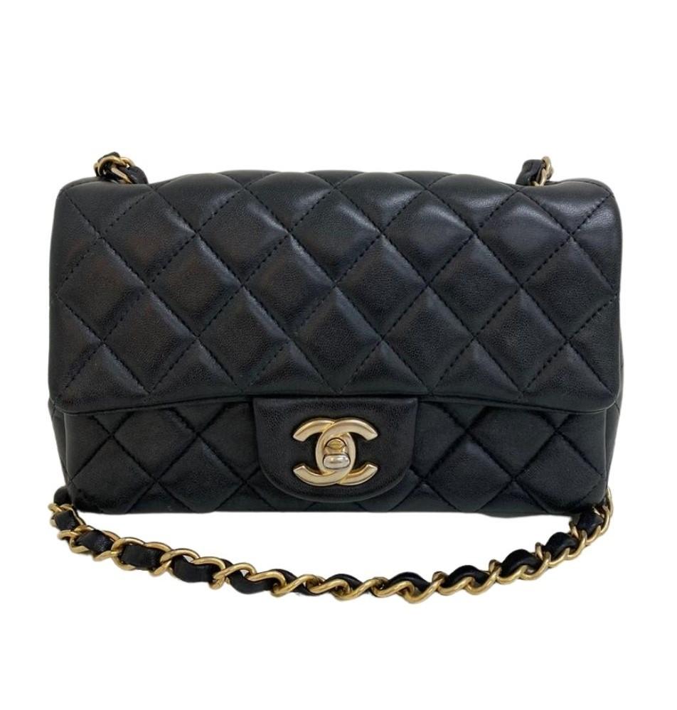 Bolsa Chanel Mini Lambskin Preta