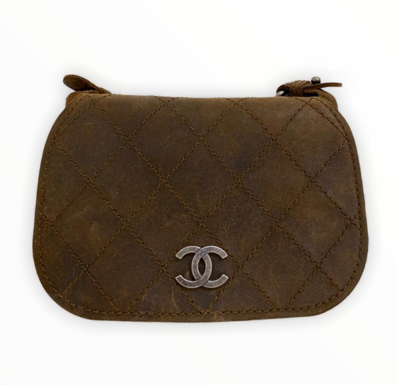 Bolsa Chanel Suede Crossbody