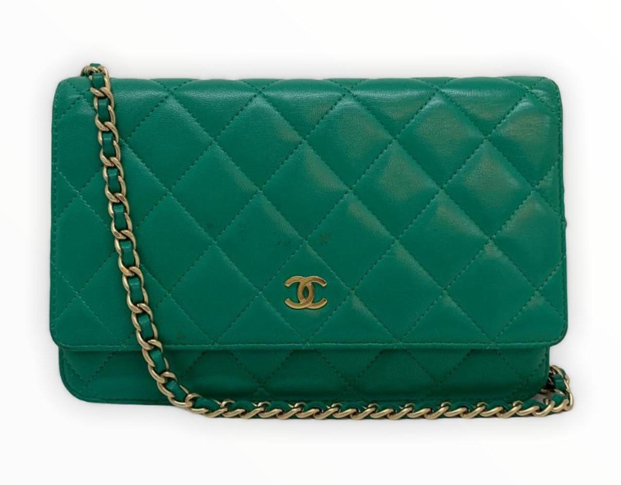 Bolsa Chanel WOC