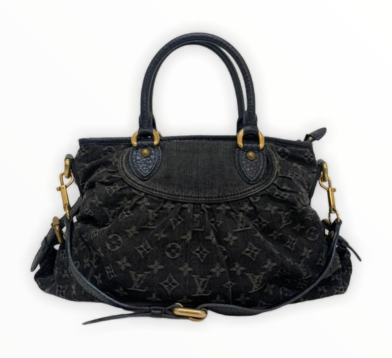 Bolsa Louis Vuitton Black Monogram Denim Neo Cabby