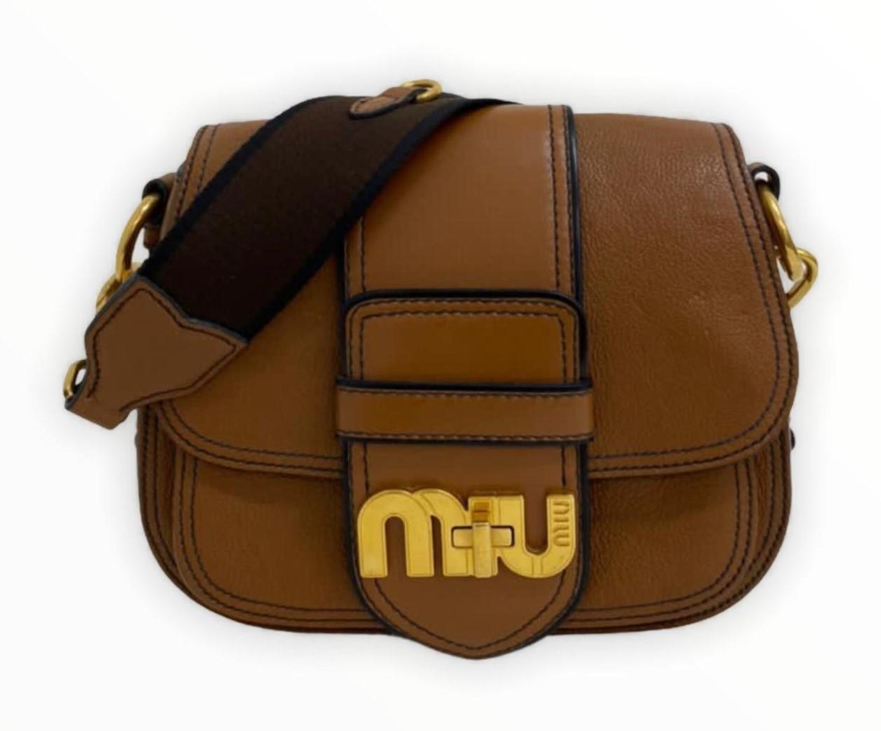 Bolsa Miu Miu Dahlia Logo Caramelo