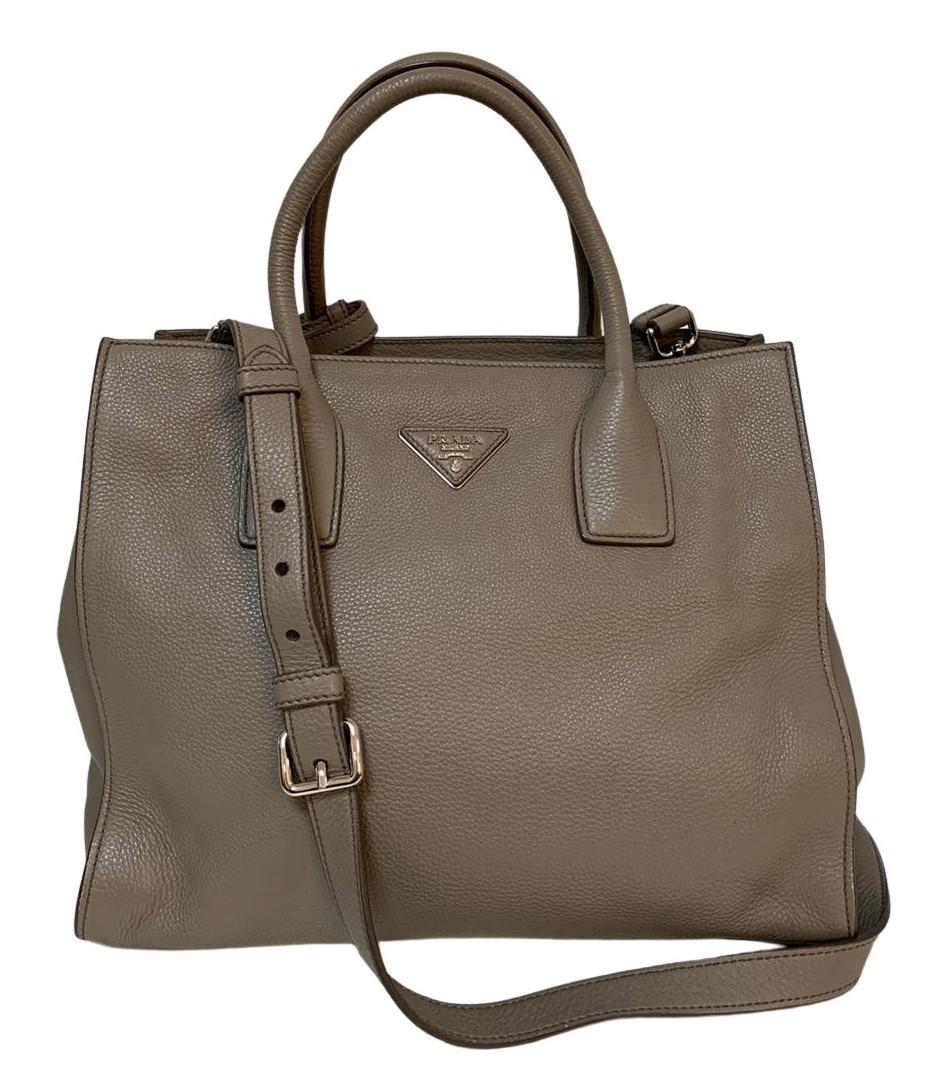 Bolsa Prada Calfskin Leather Cinza