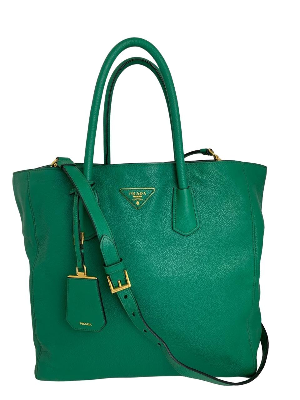 Bolsa Prada com Alça Verde