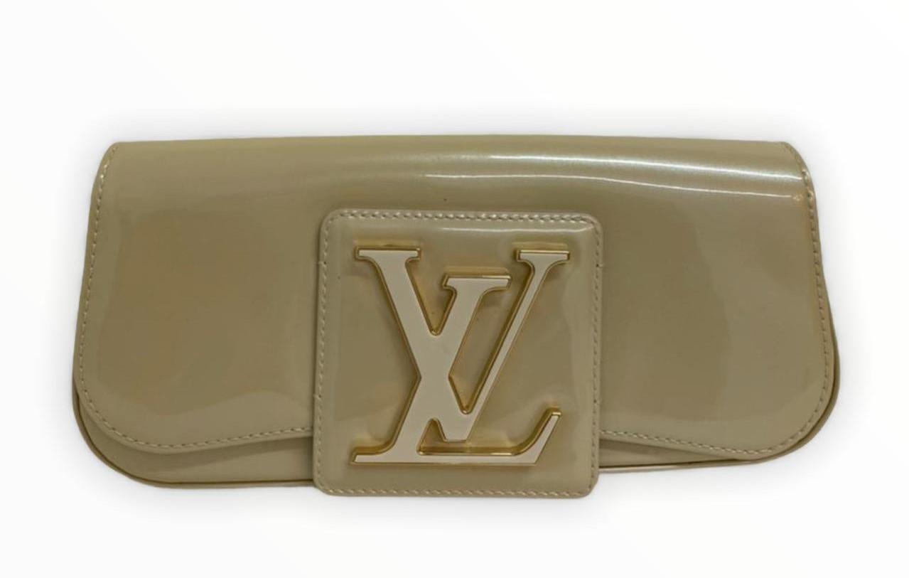 Clutch Louis Vuitton Amarante Vernis Sobe