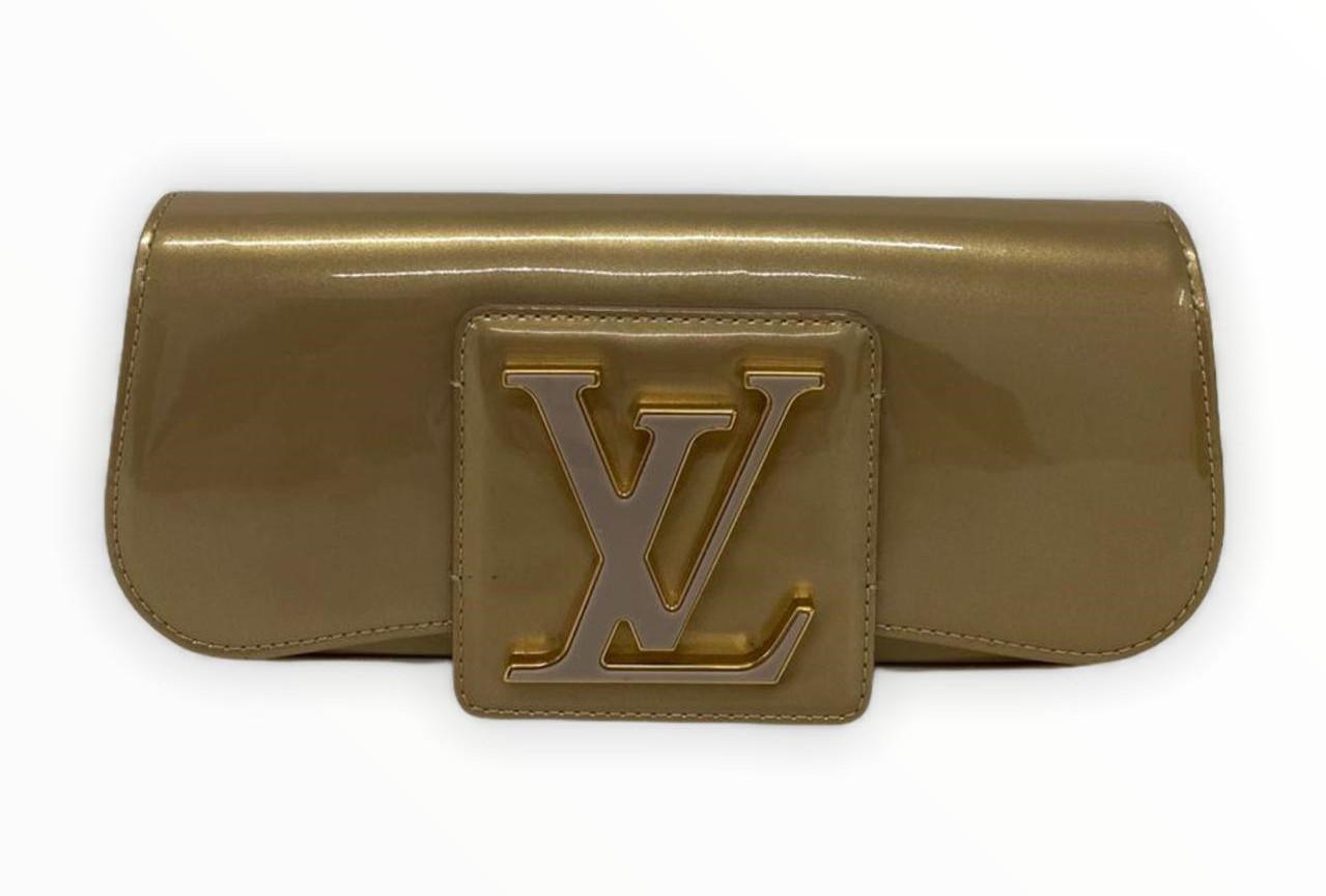 Clutch Louis Vuitton Amarante Vernis Sobe Dourado
